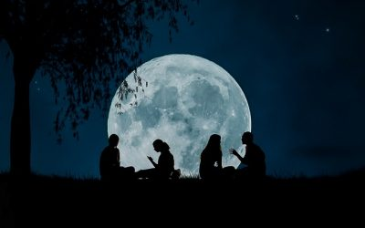 Full Moon in Libra:  Loving in the Light of the Full Moon